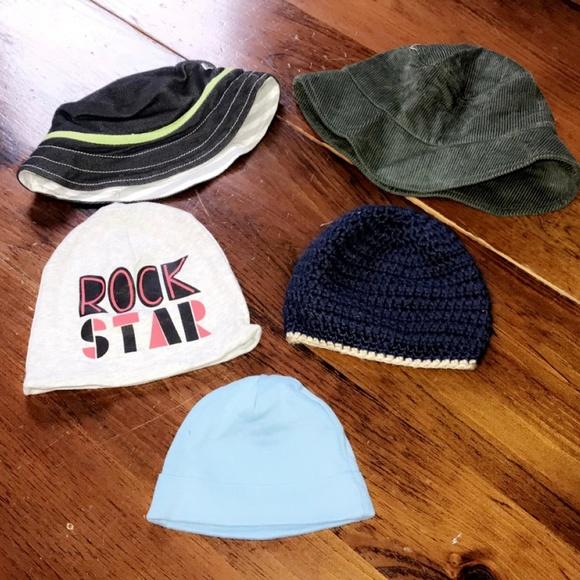 0670747a1 Boys Hats Size 6 Months
